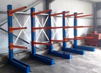 Recherchons racks de stockage / rayonnages à palettes